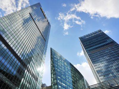 増える海外の金融機関とのトラブル